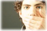 Hablando mal
