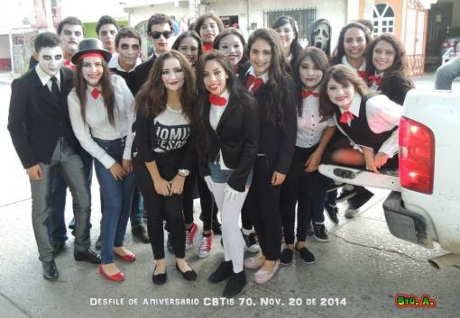 5A Desfile de Aniversario